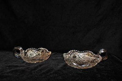 2 VINTAGE BRILLIANT CUT CRYSTAL GLASS BOWLS WITH HANDLE