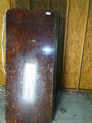 6 FT X 30 INCH WOODEN FOLDING BANQUET TABLE. SOME SURFACE AND EDGING DAMAGE.SEE PICS. PLEASE INSPECT TTHIS ITEM