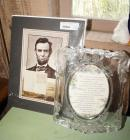 ABRAHAM LINCOLN GETTYSBURG ADDRESS ART PRINT IN ORIGINAL SHIPPING PLASTIC AND LARGE CRYSTAL PICTURE FRAME WITH INSPIRATIONAL MESSAGE