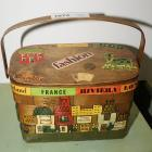 VINTAGE CARO NAN CUTE HANDCRAFTED WOOD PURSE SIGNED WITH PENNY