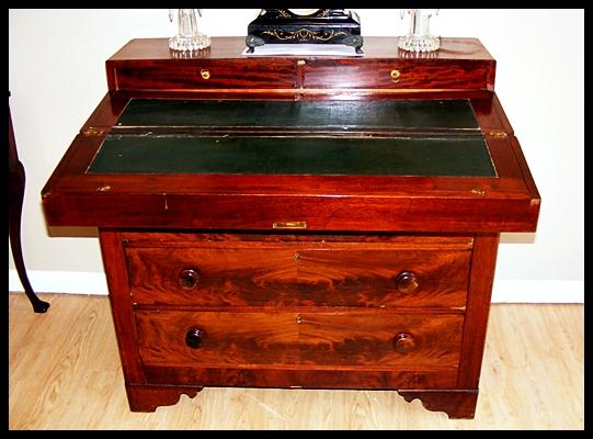 Lot 1003 of 514: Antique RARE Ship Captains Desk 18th Century - Antique RARE Ship Captains Desk 18th Century