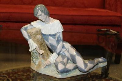 RETIRED LARGE LLADRO JESTER FIGURINE HARLEQUIN