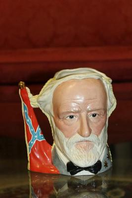 LARGE ROYAL DOULTON JUG THE ANTAGONIST COLLECTION CIVIL WAR ULYSSES S GRANT AND ROBERT E LEE