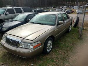 2004 Mercury Grand Marquis Sedan LS Premium V8, 4.