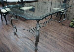 BEAUTIFUL ORNATE MODERN GLASS TOP HORSE MOTIF BASE DINING TABLE