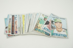 1967 TOPPS BASEBALL CARDS IN SOFT PLASTIC COVERS