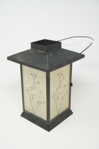 ORIENTAL STYLE CANDLE LANTERN