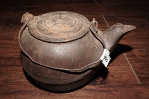 OLD CAST-IRON KETTLE