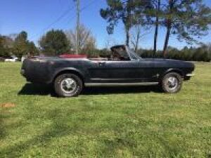 1966 FORD MUSTANG CONVERTIBLE. BLACK EXTERIOR,RED INTERIOR,6 CYL, 3 SPEED MANUAL, NUMBERS MATCHING.THIS CAR IS FROM A LOCAL ESTATE.