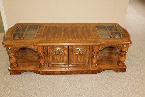 VINTAGE COFFEE TABLE WITH CABINET STORAGE