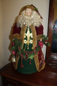 LARGE TABLE-TOP SANTA DECORATION