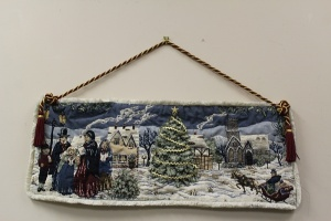 DECORATIVE CHRISTMAS TAPESTRY