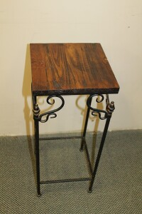 METAL PLANT STAND WITH WOODEN TOP