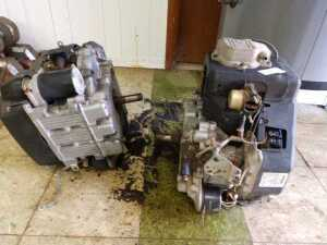 BUS SHOP,2 JOHN DEERE ENGINES, CONDITION UNKNOWN, SELLING FOR PARTS