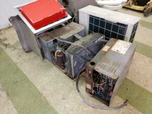BUS SHOP, MISCELLANEOUS AIR CONDITIONING BEING SOLD FOR PARTS, WAREHOUSE HEATER AND FAN CONDITION UNKNOWN