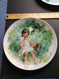 Be Sure TO Visit The Lot Range 5000 To See A Great Collection Of Very Nice Collector Plates