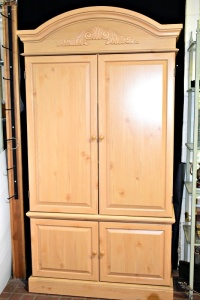 VERY NICE BUSH ARMOIRE WIRED 41 X 78 (ITEMS INSIDE NOT INCLUDED) GREAT CONDITION