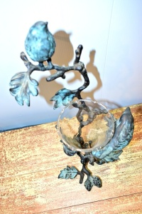 IRON BIRDS WITH GLASS VASE