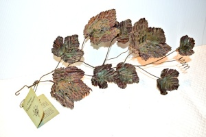 SOLID COPPER LEAF VINE
