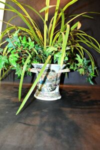 ASIAN PORCELAIN PLANTER WITH ARRANGEMENT