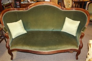 ANTIQUE AMERICAN PARLOR SOFA LILY OF THE VALLEY VICTORIAN PERIOD
