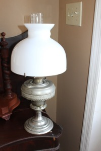 ANTIQUE KEROSENE LAMP WITH MILK GLASS SHADE CONVERTED TO ELECTRICITY