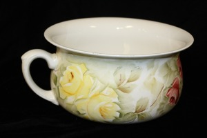 ANTIQUE ENGLISH CHAMBER POT