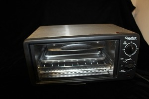 SIGNATURE GOURMET COUNTERTOP LITTLE OVEN