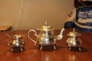 VINTAGE 3-PIECE INDIANS TEA SERVICE WITH CREAMER AND SUGAR