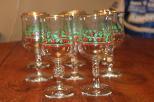 SET OF 8 CHRISTMAS GOBLETS