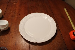 INDIANA COLONY HARVEST GRAPE WHITE MILK GLASS CAKE PLATE