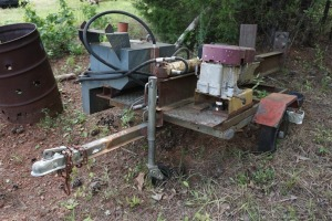 HOMEMADE TRAILER WITH ON-BOARD LOG SPLITTER, CONDITION UNKNOWN, NO VIN ON TRAILER
