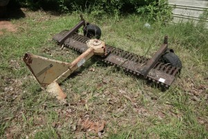 LAND PRIDE FIELD RAKE / HARROW