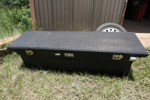 UWS MADE IN USA TRUCK TOOL BOX, 61 INCH WIDE