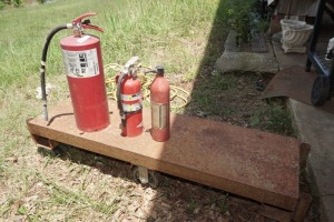 FIRE EXTINGUISHERS IN ROLLING CART