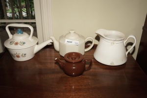 COLLECTIBLE TEAPOTS INCLUDING ANTIQUE WESTEND, METLOX, HALL, AND MORE - DIN