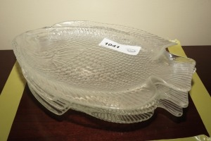 FISH MOTIF GLASS PLATES, 4 PIECES - DIN