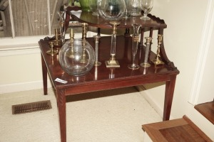 VINTAGE WOOD DOUBLE TIER CORNER END TABLE - DIN