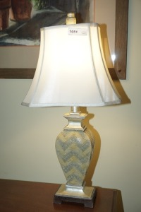 ORNATE TABLE LAMP - DIN
