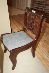 OLD SMALL LYRE / HARP SPLAT CHAIR, MATCHES 1012 - LIV - DIN