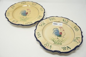 PAIR OF LARGE DECORATIVE PLATES, CHICKEN MOTIF - DEN