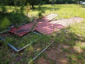 METAL CARPORT FRAME AND TIN, BOTTOM RAIL MISSING, BELIEVE TO BE 15X 20 APPROX. MAY BE MISSING PARTS