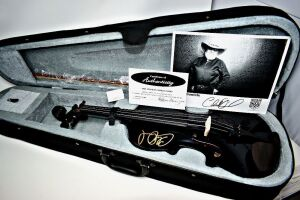 THE LAST CHARLIE DANIELS HAND AUTOGRAPHED SOUVENIR FIDDLE BEFORE HIS PASSING, BOW AND PHOTOGRAPH  WITH CERTIFICATE OF AUTHENTICITY... PLEASE NOTE DATE ON CERTIFICATE JULY 1, 2020  -  DONATED BY CHARLIE DANIELS