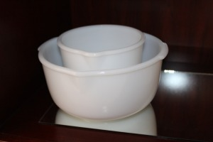 LOT OF 2 GLASBAKE MIXING BOWLS