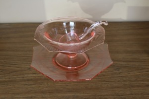 THREE PIECES OF VINTAGE PINK DEPRESSION GLASS
