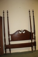 ANTIQUE QUEEN SIZE 4 POSTER BED - 7