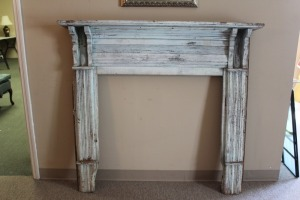 ANTIQUE HEARTH WITH FIREPLACE SURROUND