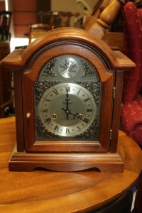 VINTAGE WALTHAM 31-DAY CHIME MANTLE CLOCK