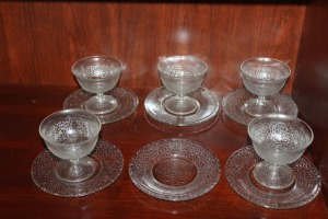 LOT OF 6 SAUCERS AND 5 MATCHING STEMWARE BOWLS