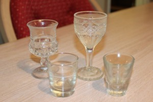 MIXED LOT OF 4 VINTAGE SHOT GLASSES